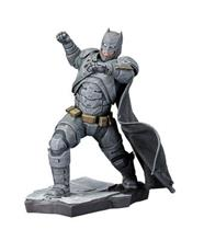 Figurina Dc Batman Vs Superman Batman Artfx+