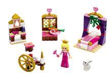 LEGOu00AE Disney Princessu2122 Sleeping Beautyu2019s Royal Bedroom - 41060